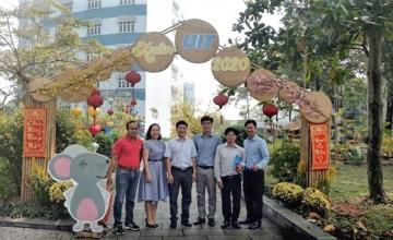 Công ty Cổ phần Bóng đèn Điện Quang hợp tác với Trường