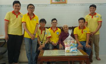 Xuân tình nguyện 2020 thăm và tặng quà cho Mẹ Việt Nam anh hùng