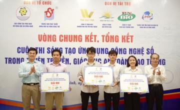 """Sinh viên UIT đạt giải Nhì ý tưởng trong cuộc thi """"Ứng dụng công nghệ số trong tuyên truyền, giáo dục an toàn giao thông"""""""