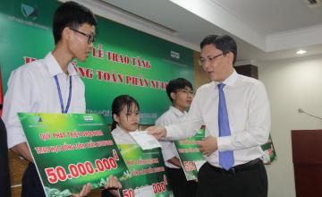 NutiFood trao học bổng 600 triệu đồng cho sinh viên ĐHQG-HCM