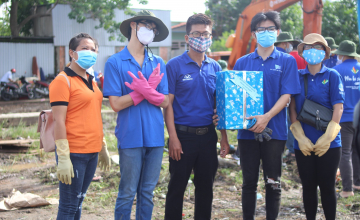 MHX 2020 - Sinh viên UIT vừa phòng chống dịch vừa tham gia tình nguyện tại phường Trường Thạnh, Quận 9