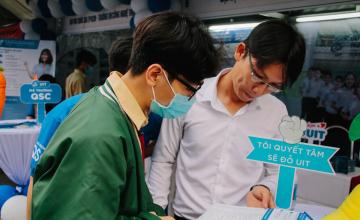 Trường Đại học Công nghệ Thông tin tham gia tư vấn tuyển sinh - hướng nghiệp 2021