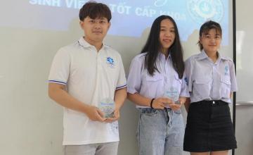 Tổng kết lễ tuyên dương Sinh viên 5 tốt cấp khoa Mạng máy tính và Truyền thông 2021