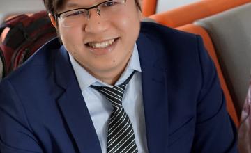 Tiến sĩ Lê Kim Hùng - bạn đồng hành nghiên cứu Khoa học của các bạn sinh viên