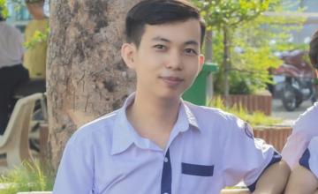 Proud to be UITer - Phan Trường Trí nhận học bổng 160.000.000 đồng