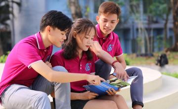 Thông báo về việc nhắc nhở TSV Khóa 2021 có tên trong danh sách nhanh chóng tạo hồ sơ sinh viên trực tuyến