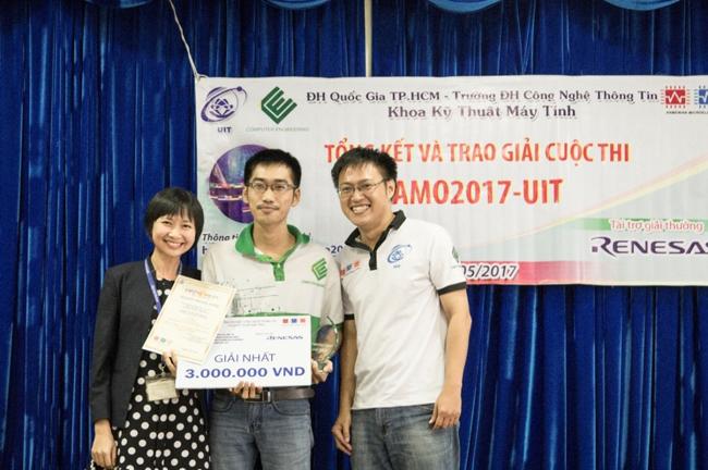 Tổng kết và trao giải cuộc thi AMO2017-UIT